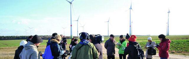 03_Naumann_Besuch_von_Greenpeace_Windpark_Feldheim